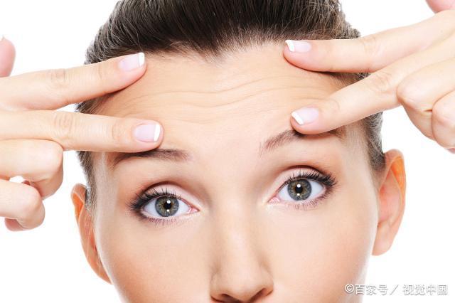 抬头纹多是运气不好吗?抬头纹不但显老,而且与健康有关,一言以蔽之。